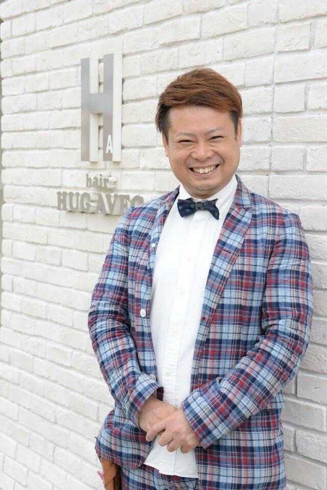 HUG AVECは8店舗80人の会社を目指しています。 美容師として、人間として、一緒に成長したい人を募集しています。