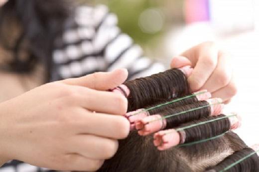 どんな方でも確実に習得できる理論。 生涯美容師を続けられる、しっかりとした技術が身に付きます。